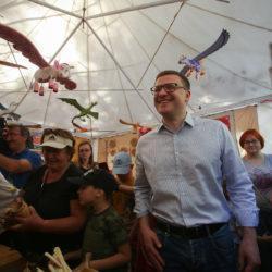 Алексей Текслер посетил Бажовский фестиваль