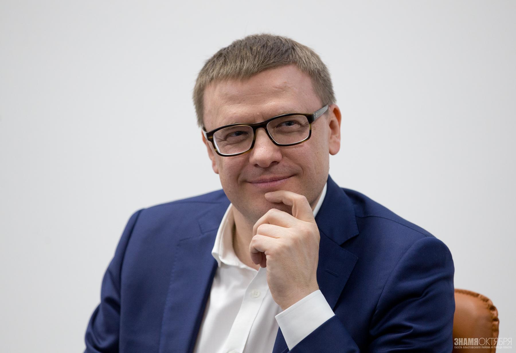 Работоспособность Алексея Текслера удивляет даже блогеров